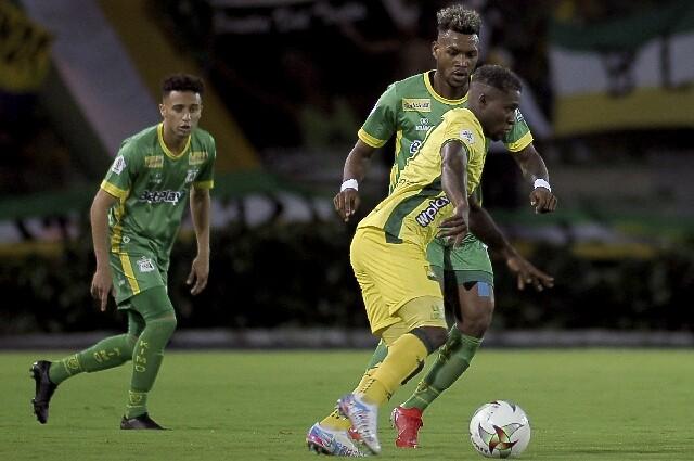 Bucaramanga frente al Deportes Quindío, en la Liga colombiana