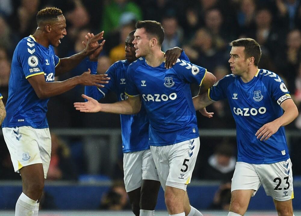Everton Yerry -Mina AFP.jpg