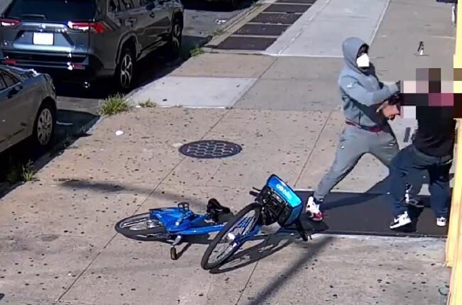 ladron golpiza en nueva york