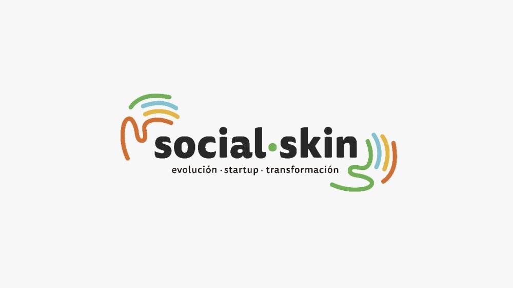 320612_BLU Radio. Social Skin