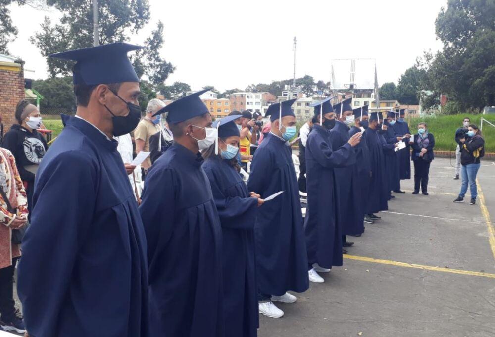 habitantes de calle se graduaron en Bogotá