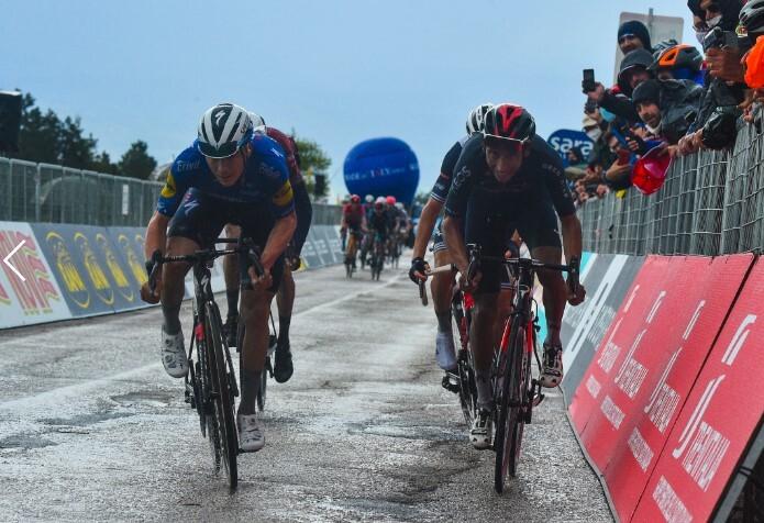 Remco Evenepoel y Egan Bernal Giro de italia .jpg
