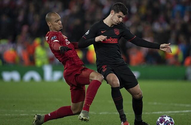333862_Acción de juego entre Liverpool y Atlético de Madrid