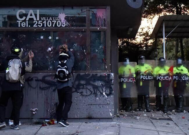 Vandalismo contra CAI en Bogotá