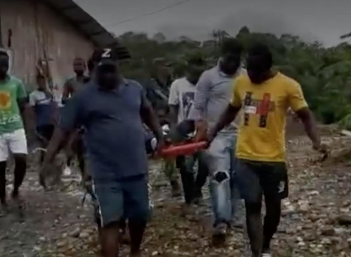Claman por traslado a hospital de tercer nivel de víctima de mina antipersonal en Chocó - Noticias de Colombia