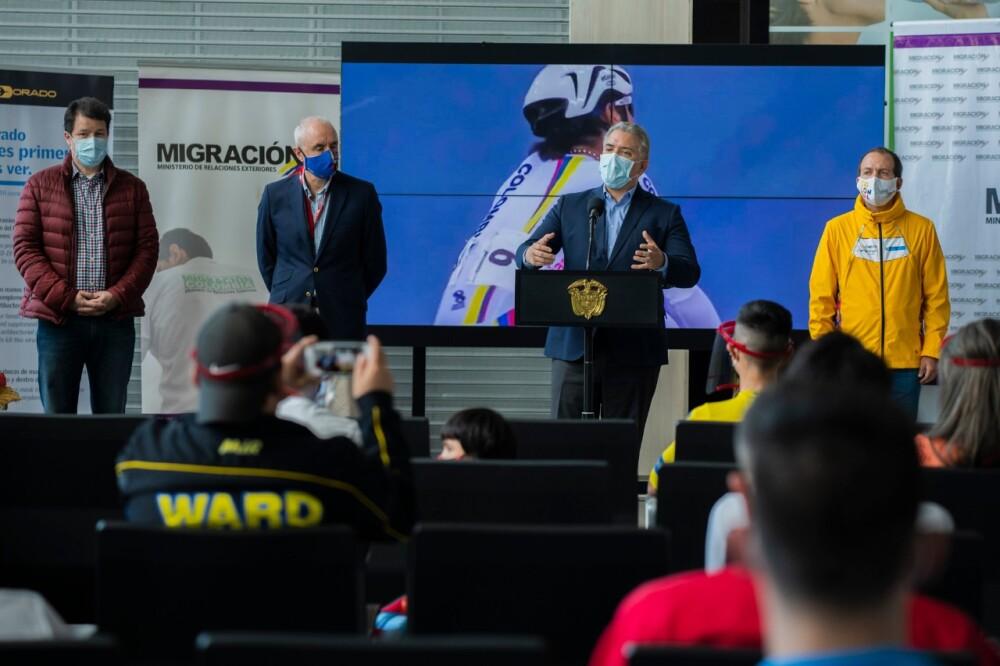 371609_Duque despide a deportistas colombianos // Foto: Presidencia
