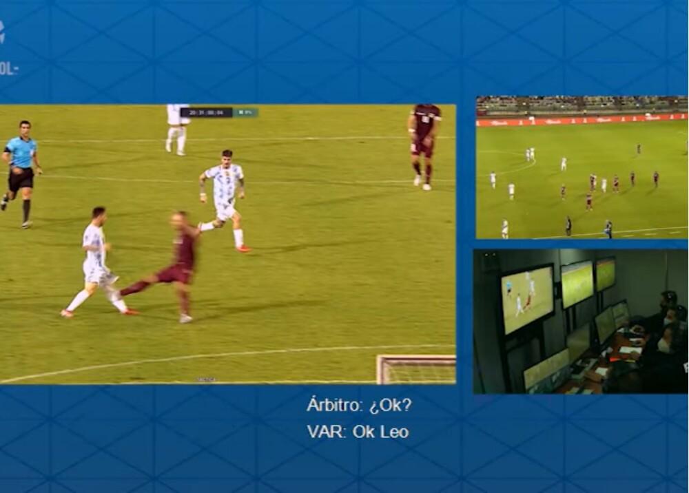VAR patada a Lionel Messi Foto Captura de video.jpg