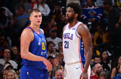 Nikola Jokic y Joel Embiid son dos de los tres finalistas al premio MVP de la NBA.