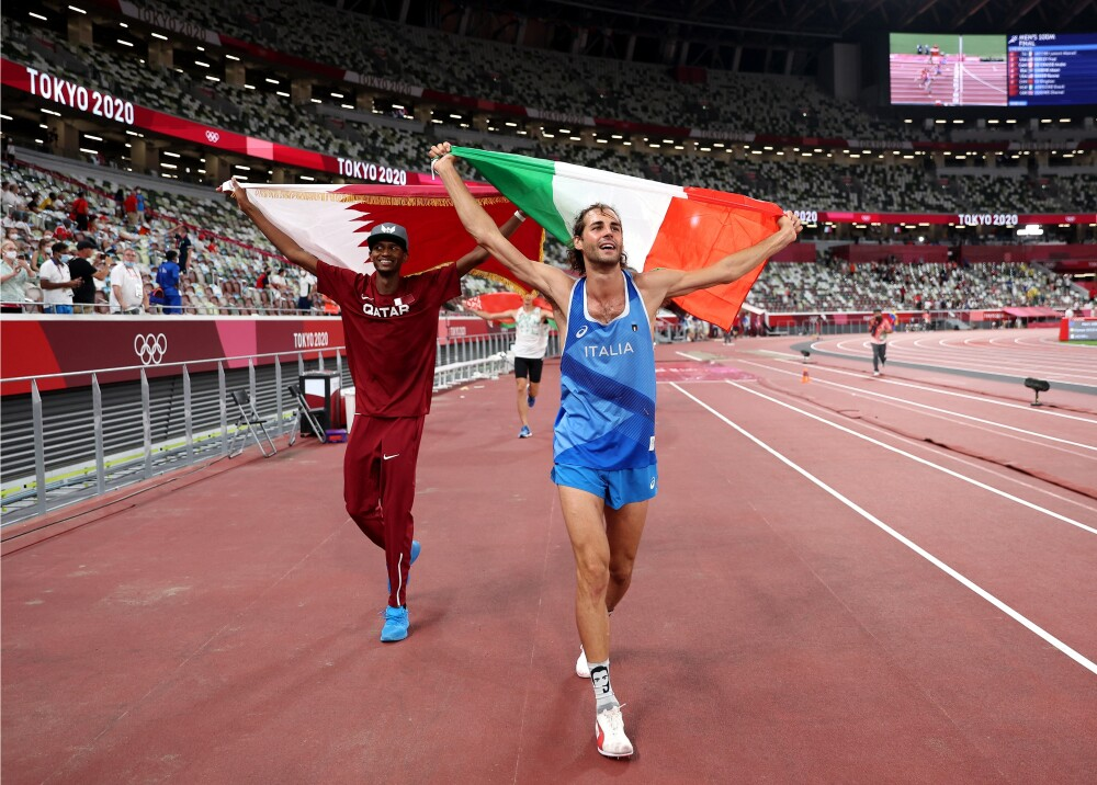 Gianmarco Tamberi y Mutaz Essa Barshim Foto AFP.jpg