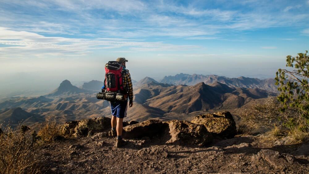 335693_turismo-viajeros-colombianos.jpg