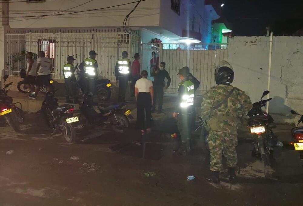 Operativos contra fiestas ilegales en Taganga