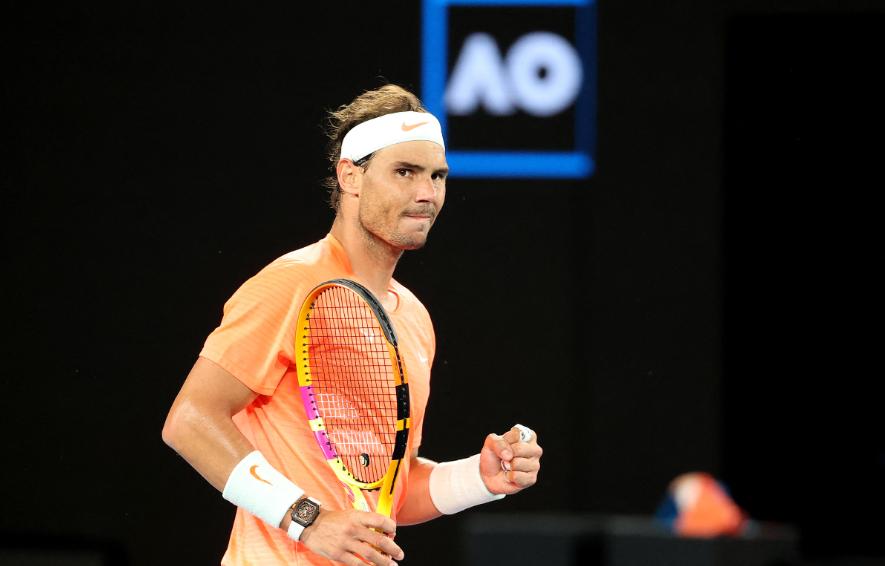 Rafael Nadal clasificó a octavos de final del Abierto de Australia.