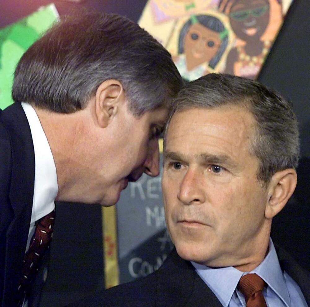 George Bush es informado de los ataques del 11 de septiembre