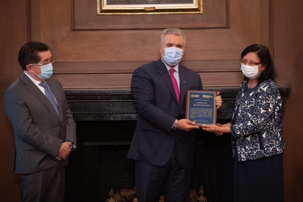Duque recibió premio de OMS por Prevención y Acción.jpeg