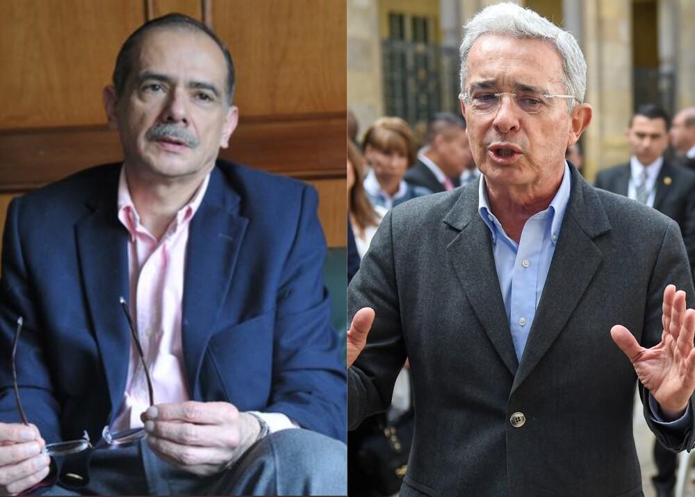 Gonzalo Guillén y Álvaro Uribe Foto AFP.jpg
