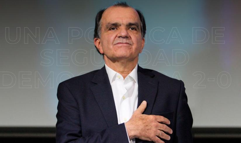 Óscar Iván Zuluaga.png