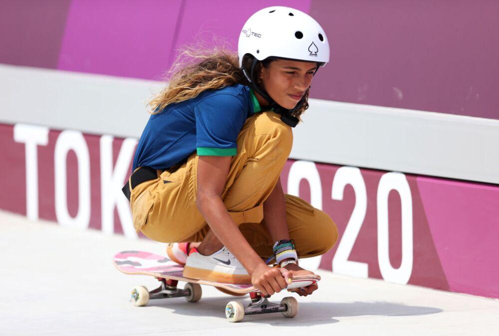 rayssa-leal-skateboarding