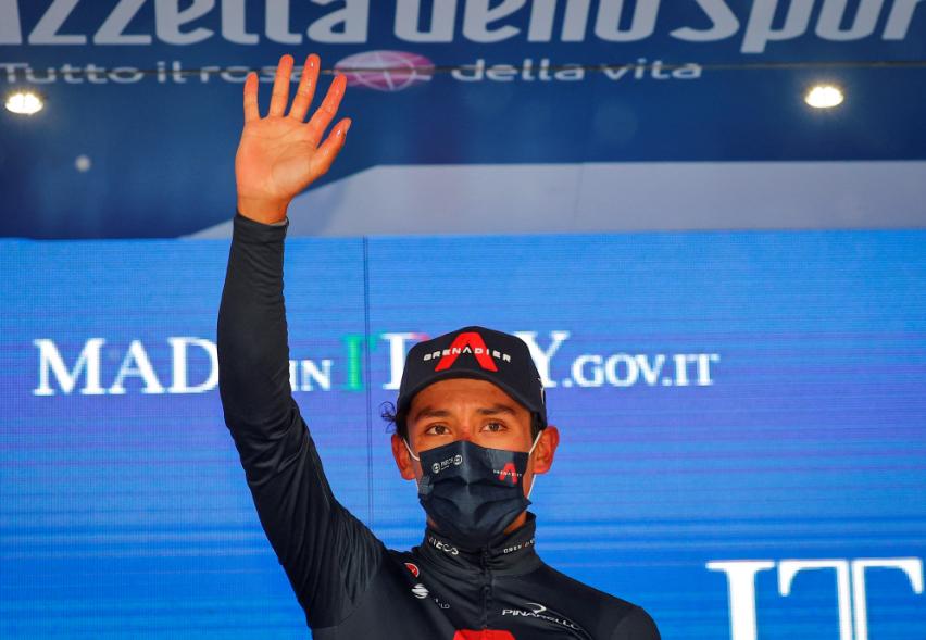 Egan Bernal ganó la etapa 9 del Giro de Italia 2021.