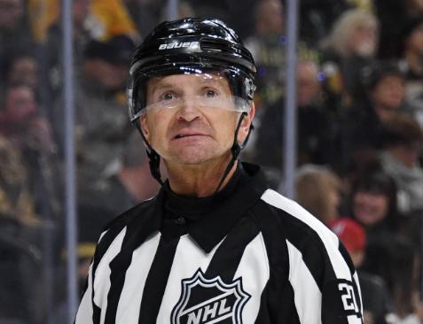 Tim Peel fue sancionado de por vida en la NHL.