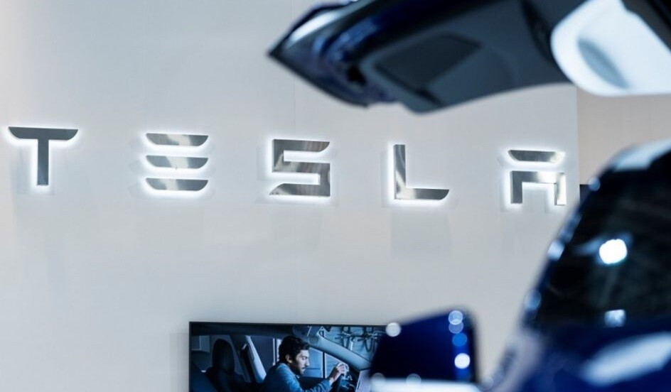 Tesla invierte en Bitcoins