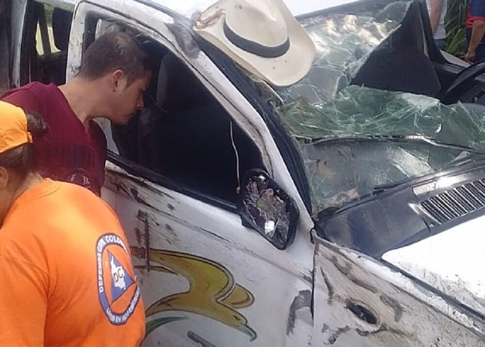 336663_Blu Radio. Accidente de tránsito. Foto: Defensa Civil