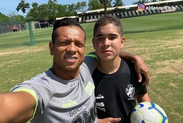 Fredy Guarín y su hijo .jpg