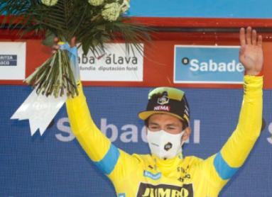 Primoz Roglic es el primer líder de la Vuelta al País Vasco.