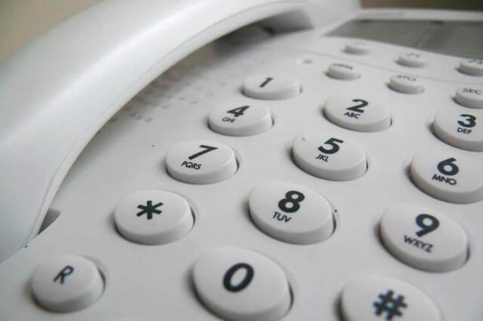Cambia la forma de llamar entre los números de teléfono fijo en Colombia