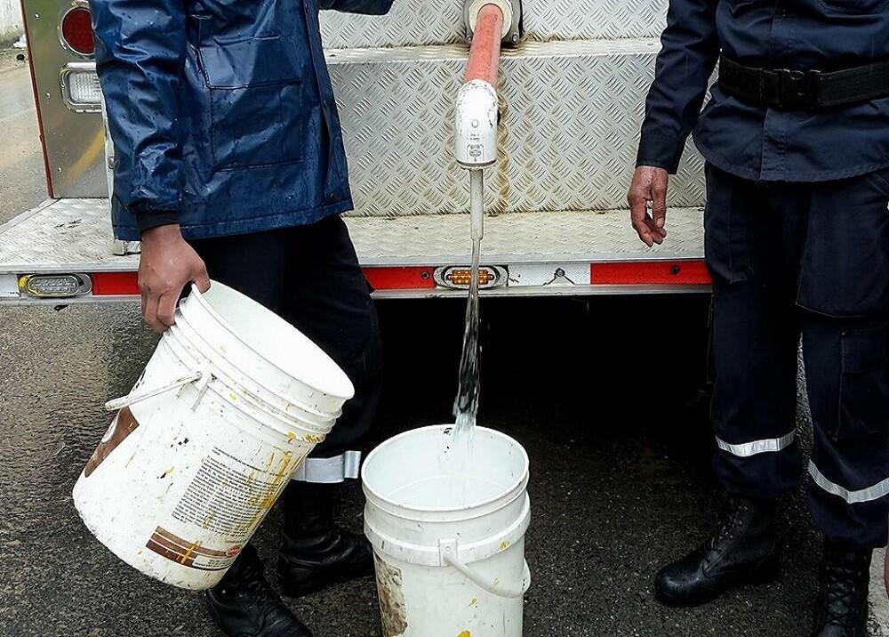 306385_BLU Radio. Falta de agua potable/ foto: BLU Radio.