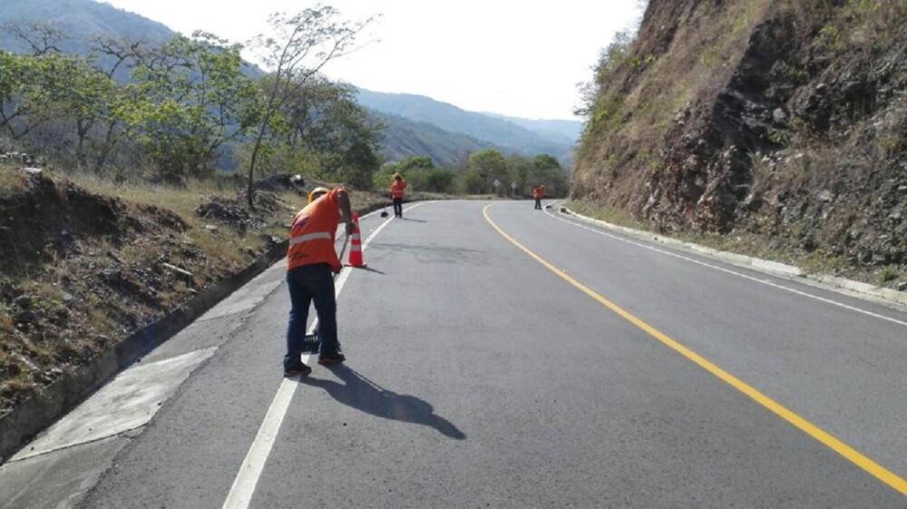 285618_BLU Radio. Construcción vías / Foto: Facebook ANI