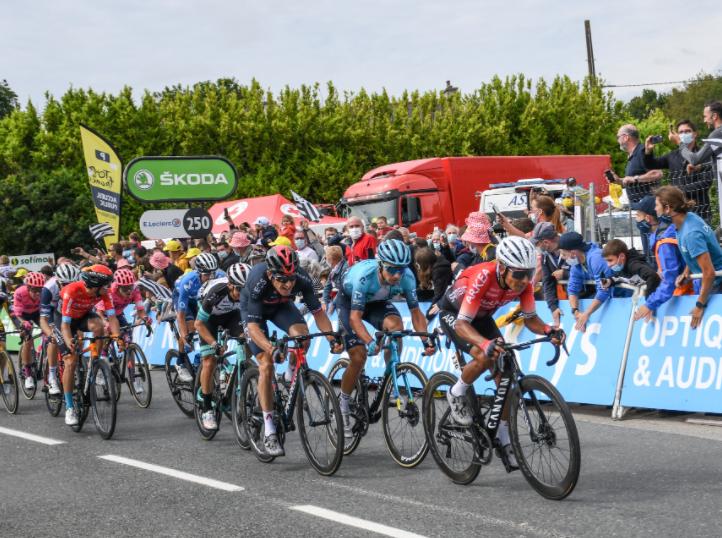 Nairo Quintana fue 17 en la etapa 1 del Tour de Francia.