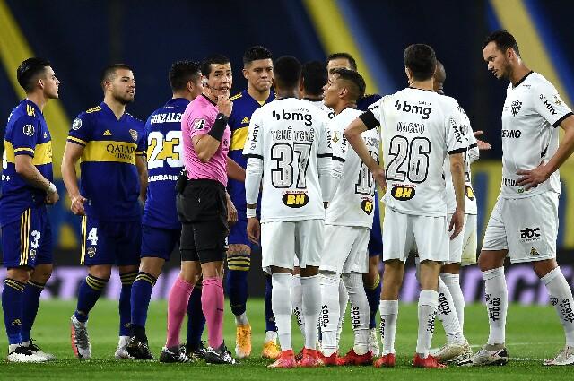 Andrés Rojas, en Boca Juniors contra Atlético Mineiro