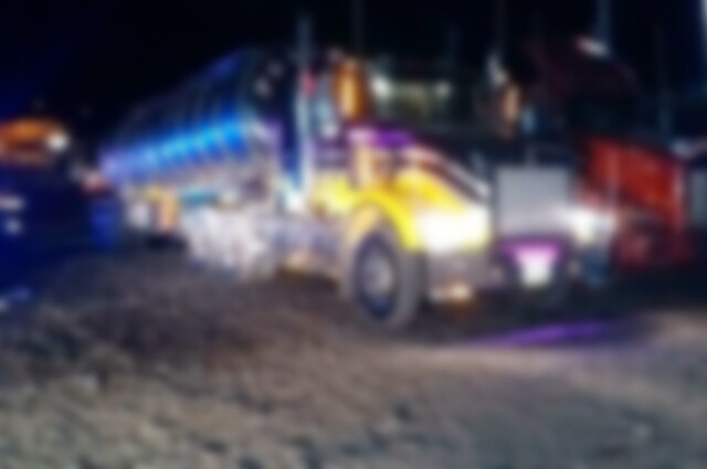 Camión cisterna que transitaba por Yumbo transportaba 300 kilos de cocaína 1.jpg