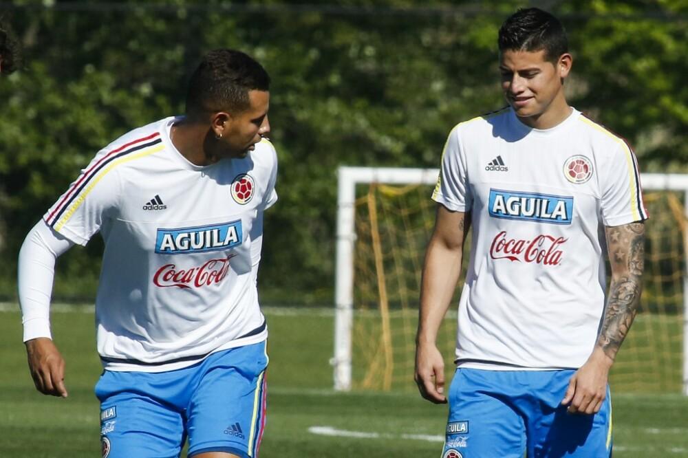 Edwin Cardona y James Rodríguez, jugadores Selección Colombia