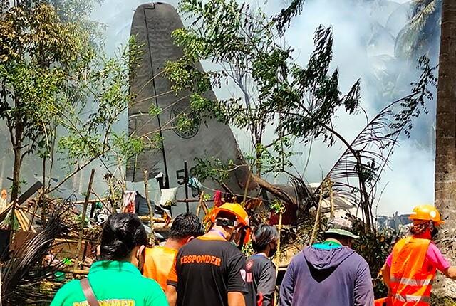 accidente-de-avion-militar-en-filipinas.jpg