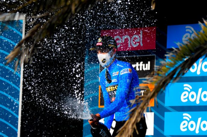 Wout Van Aert,  líder de la Tirreno-Adriático 2021.