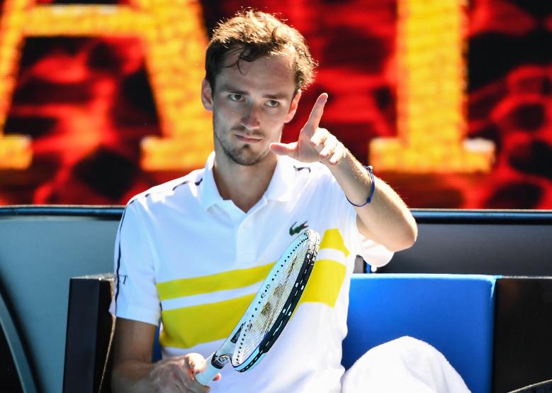 Daniil Medvedev clasificó a octavos de final del Abierto de Australia.