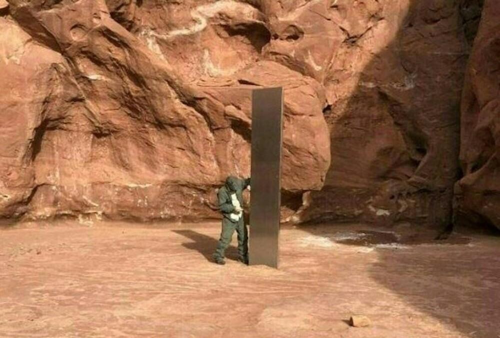 Obelisco UTA
