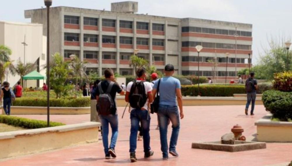 353011_BLU Radio// Estudiantes en Uniatlántico. Foto: Cortesía