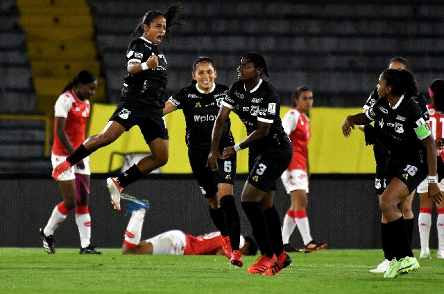 Celebración del Deportivo Cali, en la Liga Femenina