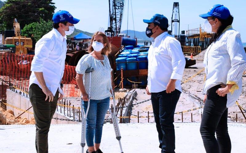 Obras Muelle Puerto Colombia.jpg