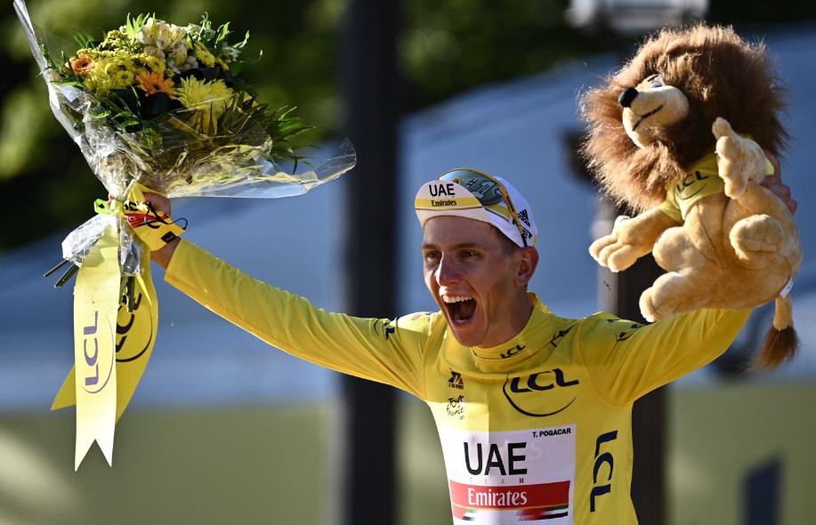 Tadej Pogacar consiguió su segundo título del Tour de Francia.