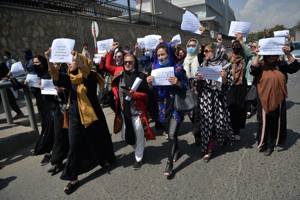 Protesta de mujeres en Kabul.jpg