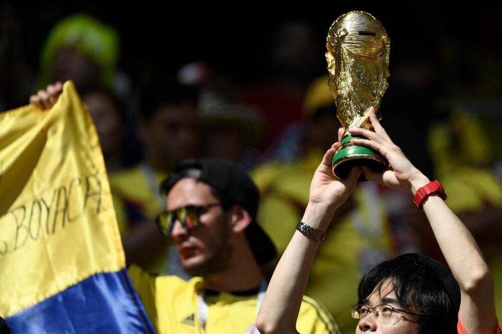Hinchas en el Mundial.jpg