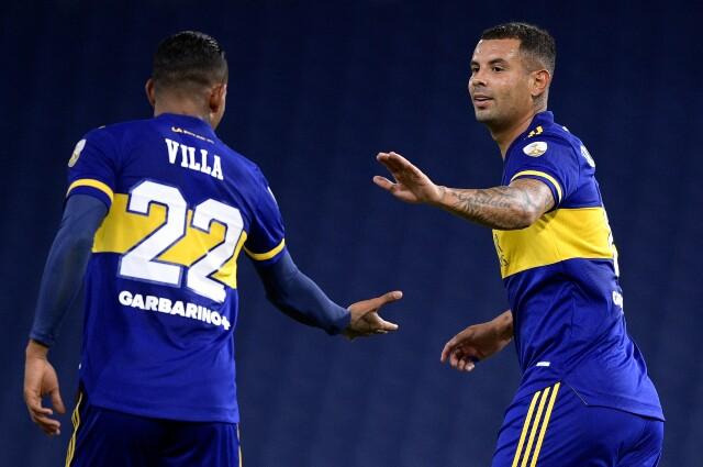 Colombianos de Boca Juniors para partido contra Racing