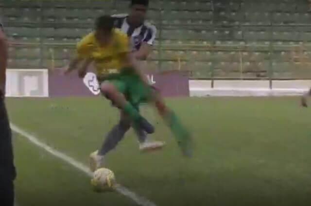 294720_patada_futbol_brasil_060119_e.jpg