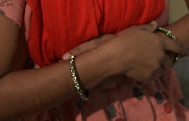 manos mujer india referencia_afp.jpg