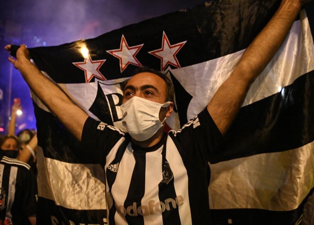 Aficionados del Besiktas Foto AFP.jpg