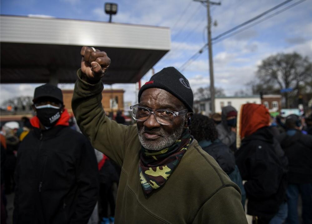 Población de Mineápolis celebra fallo en caso George Floyd Foto AFP.jpg