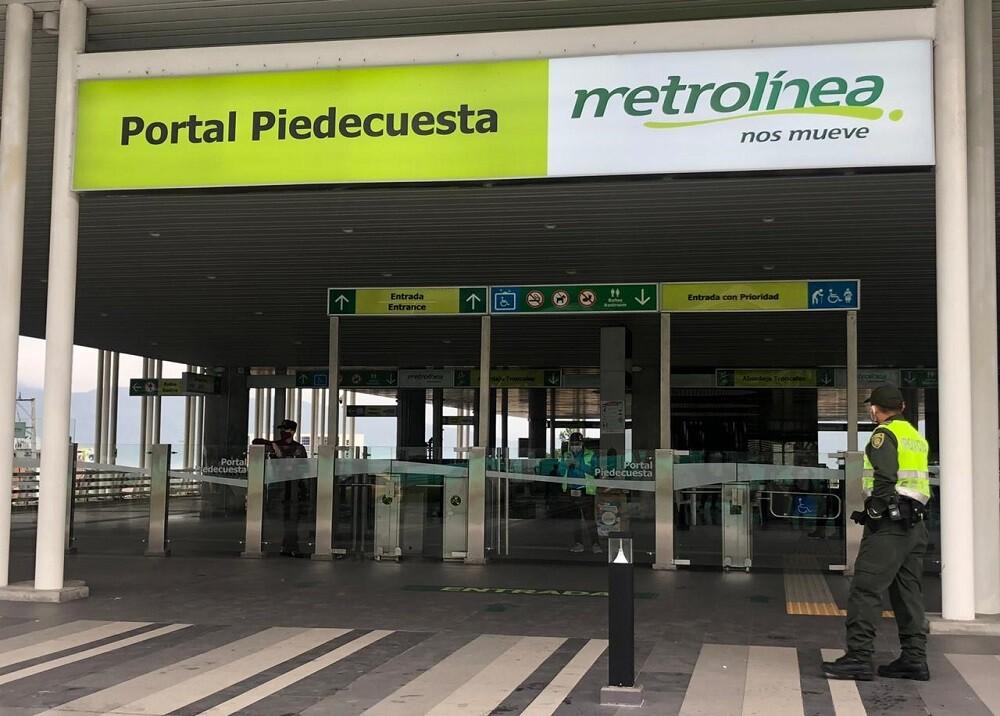 367792_BLU Radio. Portal de Metrolínea en Piedecuesta / Foto: suministrada